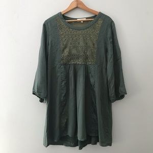 Umgee lace boho loose layered top size large
